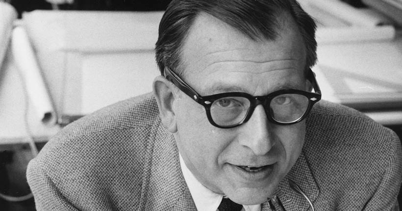 Close-up black and white photograph of Eero Saarinen
