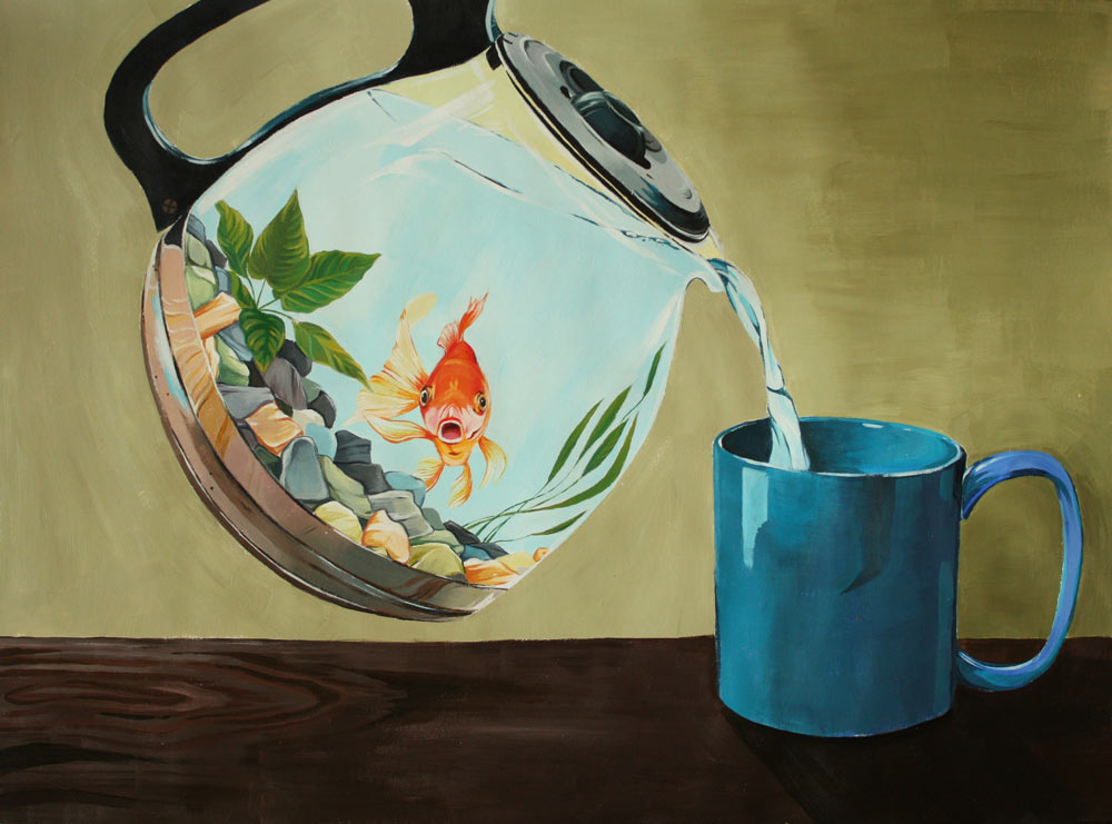 Coffee pot that looks like a fishbowl with a goldfish in it pouring water into a mug