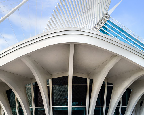 Image from Building a Masterpiece: Santiago Calatrava and the Milwaukee Art Museum