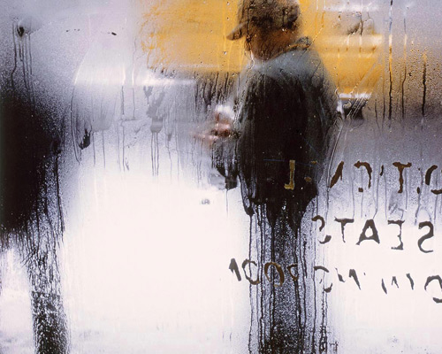 Image from In Living Color: Photographs by Saul Leiter