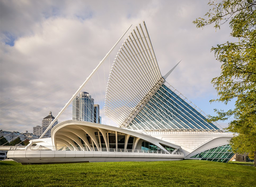 Exterior view of the Milwaukee Art Museum
